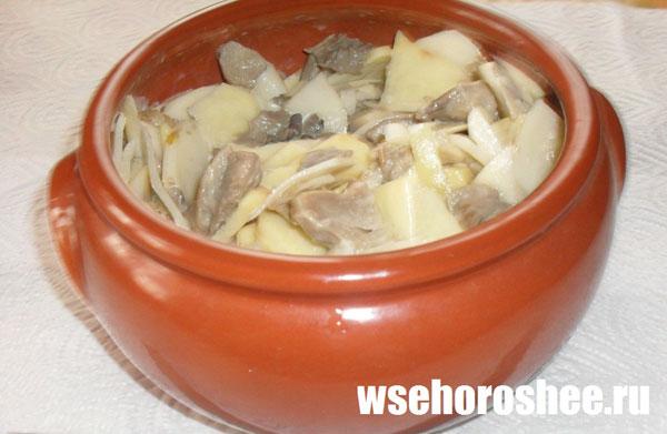 жульен в горшочках в духовке с грибами