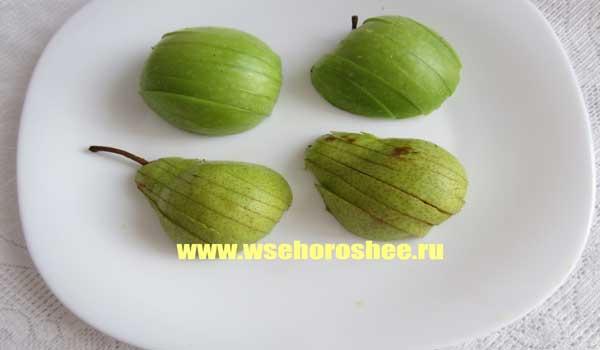 Фрукты, запеченные в тесте - Изделия из теста с фруктами - на тарелке