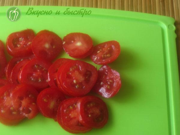 Торт из кабачков, рецепт с чесноком - помидоры