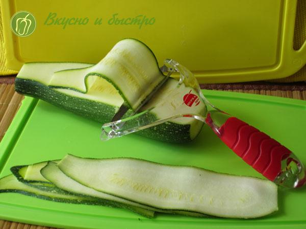 Рулетики из кабачков с разными начинками, рецепты - режем